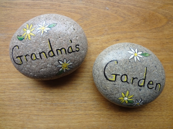 Items similar to cute grandma 39 s garden hand painted - Hand painted garden stones ...