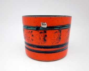 Funky orange Fat Lava Planter by Spara Keramik