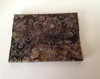Fudge Flowers, cover for all new Kindles, Nooks, iPad Mini and other small ereaders plus custom