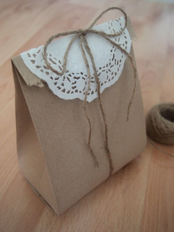 Items similar to 20 lovely recycled brown flat paper bags for Brown paper craft bags