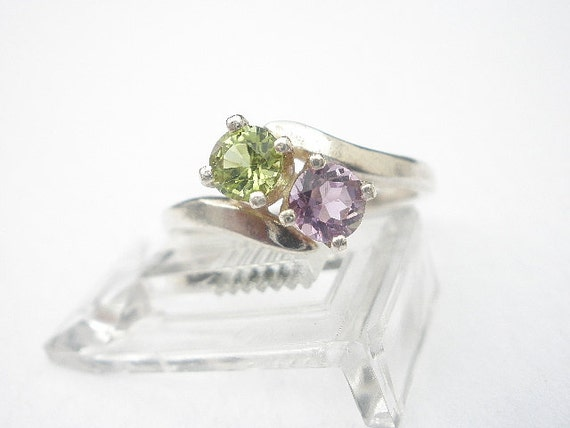 Natural Gemstone Peridot - Natural Gemstone Amethyst - 925 Sterling Silver Two Faceted 4mm Stone Ring