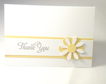 8 Daisy Thank You Cards in Yellow and White