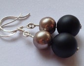 Black frosted onyx and 925 silver earrings