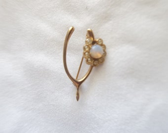 Wishbone Flower Brooch