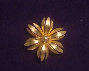 Vintage Golden Flower Brooch