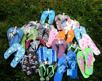 20 Assorted flips flops for sale at one dollar