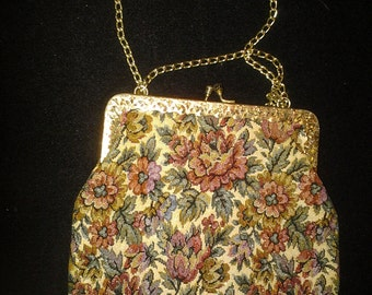 La Regale Tapestry Purse with Chain Stap