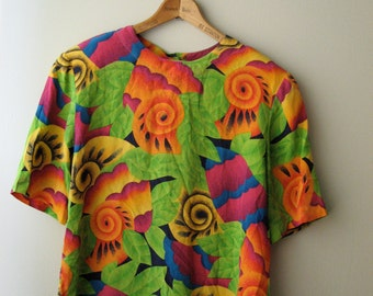 Tropical Jungle Print Blouse with Buttons Down the Back