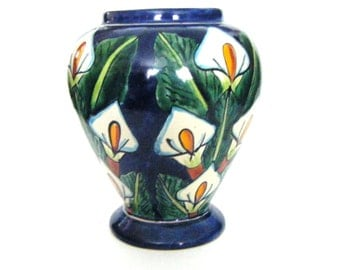 Beautiful Handmade Handpainted Cobalt Calla Lilly Vase