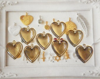 8 Vintage Goldplated 28mm Heart in a Heart Pendants