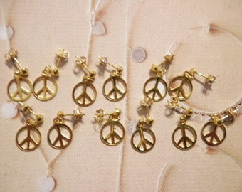 6 Prs. Vintage Goldplated 10mm Peace Sign Earrings