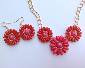 Flower Statement Necklace-Orange-Pink-Chunky-One of a Kind-Handmade-Designs by Stalinda