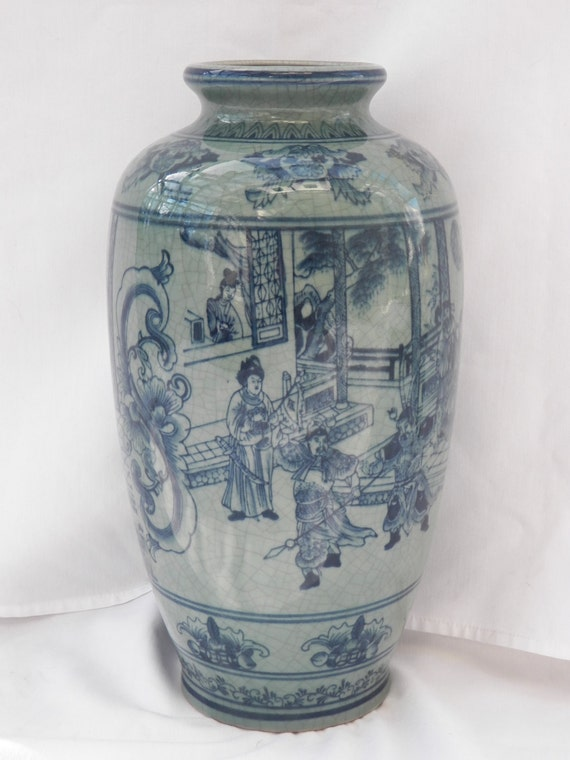 Large Porcelain Crackle Glaze Chinese Asian Vase Hand
