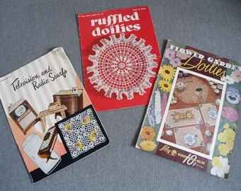 CLEARANCE  Vintage 1950 instructional booklets on crocheting-3 books