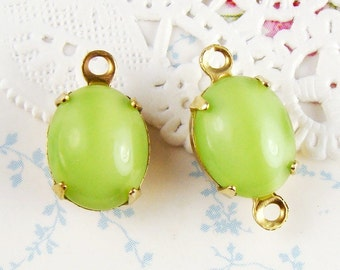 Vintage 10x8mm Lime Green Moonstone Glass Jewels Stones Brass Prong Settings (4)