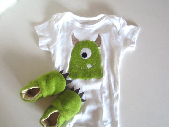 Green Fuzzy Monster Baby Gift Set