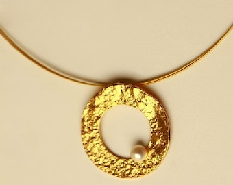 Hand made silver gold  plated disk pendant with fresh water pearl.