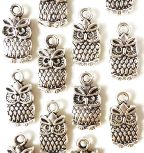 Silver Owl Charms 15x7mm Antique Silver Tone Metal Small Owl Bird Charm Pendant Jewelry Findings 10pcs