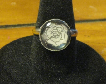 Black and White Rose Round Mirror Tile Adjustable Ring