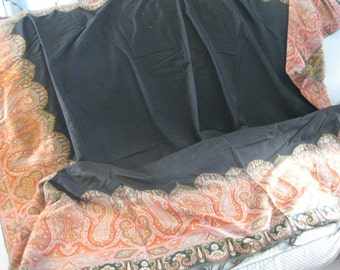 Large Victorian Paisley Shawl with Black Center