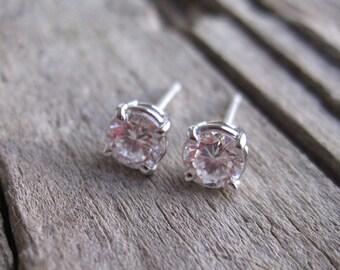 0.50 Carat Diamond Stud Earrings in 14K Gold
