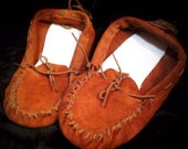 Exploring the Wilderness Soft Soled Leather Moccasins size 7