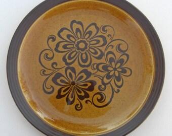 Homer Laughlin Hearthside Shape - Gold Glade Pattern - Round Platter Chop Plate