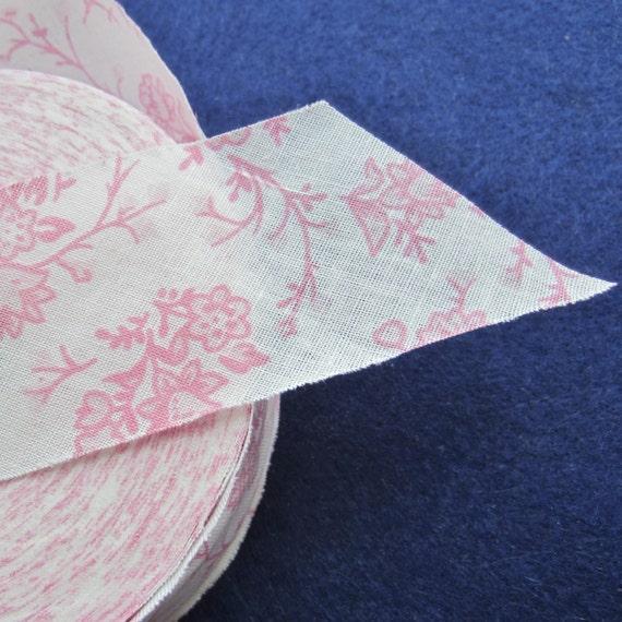 Quilt Binding. Bias Quilt Binding. Ribbon Trim. By