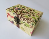 Wooden box with decoupaged tree and bird print, gift box, jewelry box, spring