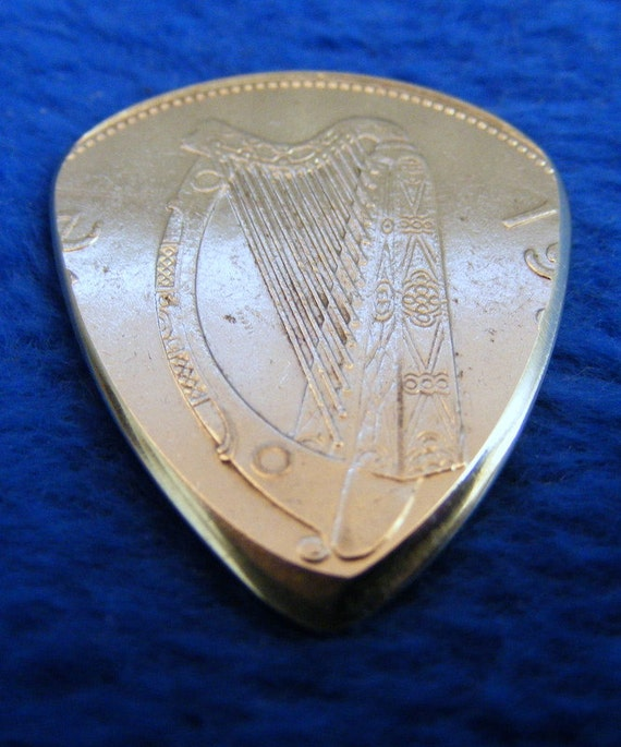 Guitar Plectrum Pick Irish Harp One Punt One Pound By Mrcoin