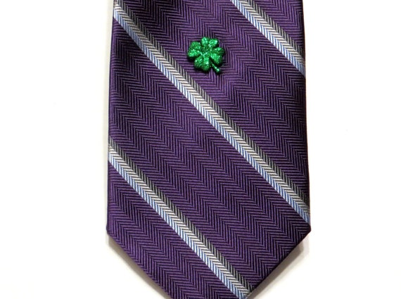 St Patrick's Day Shamrock Tie Tack - Green Four Leaf Clover Saint Patricks Day Holiday Accessory - Gift