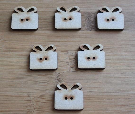 6 Craft Wood Present buttons, 2.5 cm Wide, Laser Cut