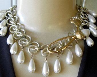Vintage Rhinestone Floral Faux Pearl Asymmetrical Necklace