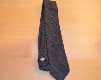 ON SALE   Geoffrey Beene Wool Tie Made in Italy