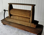 Vintage Laundry Wood Hand Clothes Wringer Collectable    Made in USA
