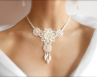 "Ivory tatted lace necklace - wedding -  bridal - floral - ""Sleeping Beauty"" collection - big"
