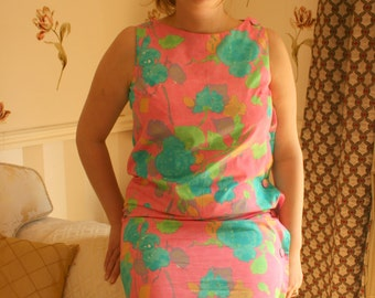 1960's Vintage Summer Pink Print Shift Dress with Side Button detail (14)