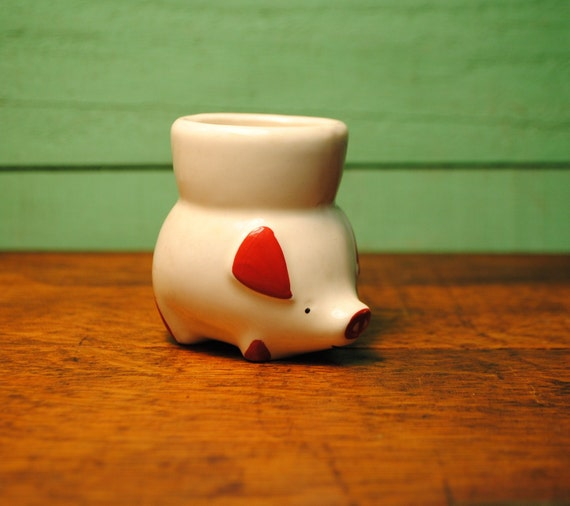 vintage pig egg cup made in england charming and sweet perfect for breakfast, a nice cuppa tea, some toast 'soldiers' and a soft boiled eg
