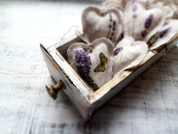 10 lavender shabby chic wedding favors wedding decor heart sachets guest favors rustic bridal shower France Provence lilac grey white