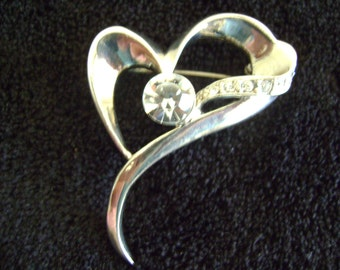 Vintage Silver tone Heart with Large Rhinestone Brooch