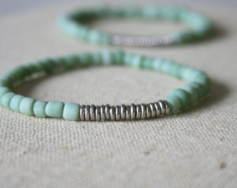 Mint green Indonesian glass bracelet // handmade