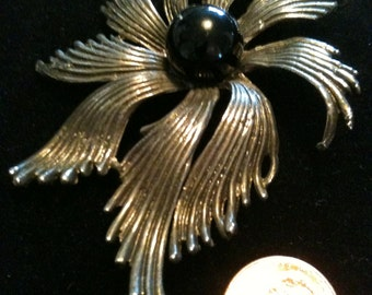 Gorgeous Silver and Black Brooch with Cabochon Center