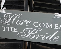 Here Comes the BRIDE Sign/Photo Prop/Great Shower Gift/Gray/pewter/Reversible Options