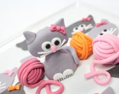 Fondant edible 1 qty Cat Kitty Cake Topper with bow,  3qty balls of yarn for an adorable cat party