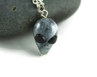Gray Alien Necklace, The Grey's UFO Fest Paranormal Geekery OOTW Gag Gift Quirky Roswell Sci Fi I want to Believe X Files Area 51 ET Mystery