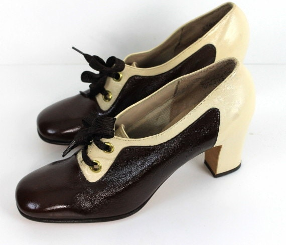 Wonderful Womenu0026#39;s Shoes 1960u0026#39;s Clogs Black Flowers 8.5 By Evelynrosevintage