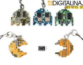 Pacman characters pendants/keychains