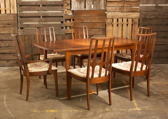 broyhill brasilia premier dining room set by