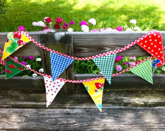 Oilcloth Pennant Bunting - Glamping Bunting
