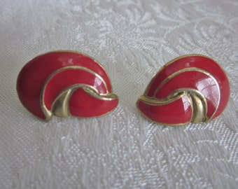 1980s Vintage Red  and Gold Enamel Pierced Earrings